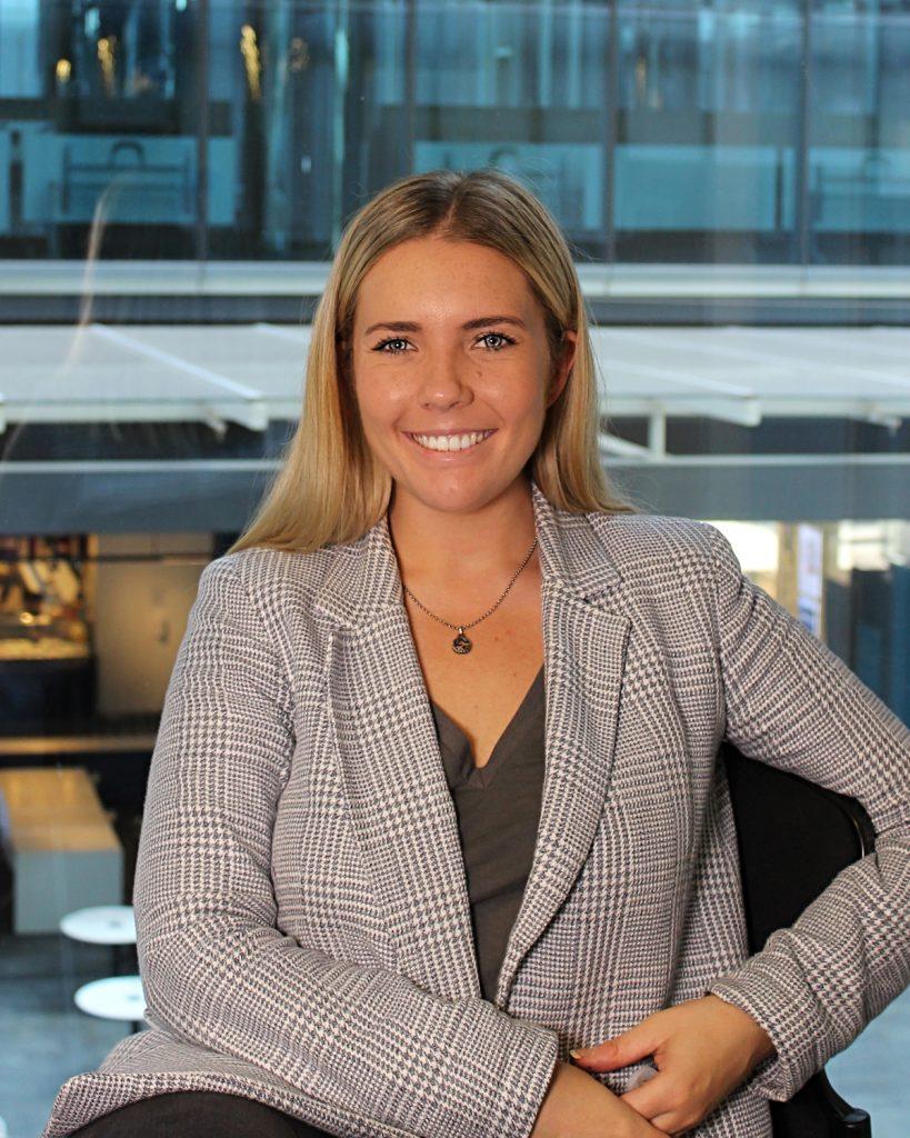 Robyn Poole